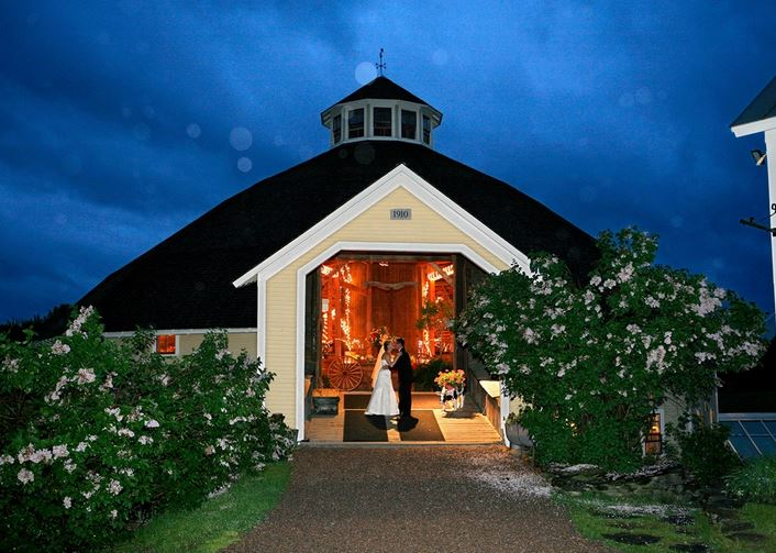 Vermont Wedding DJs for Weddings at The Round Barn Farm